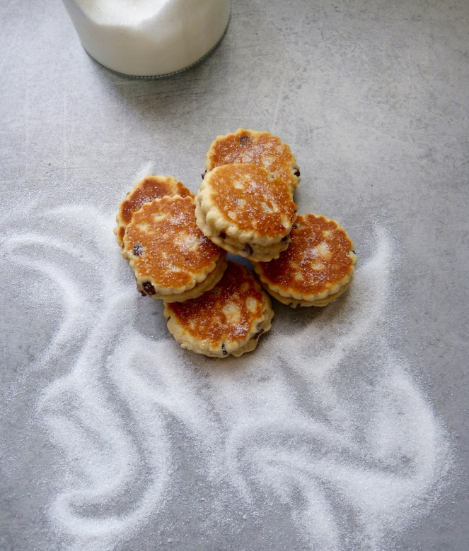 welsh_cakes_chocolate