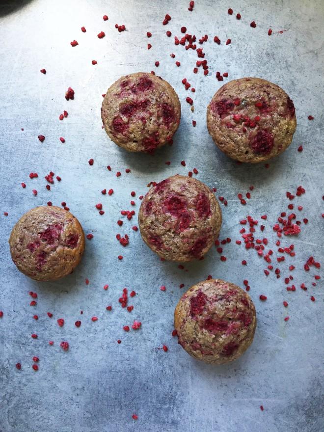 muffins_sans_gluten_bananes_framboises