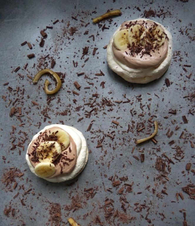 pavlovas_aux_bananes_et_chocolat_noir