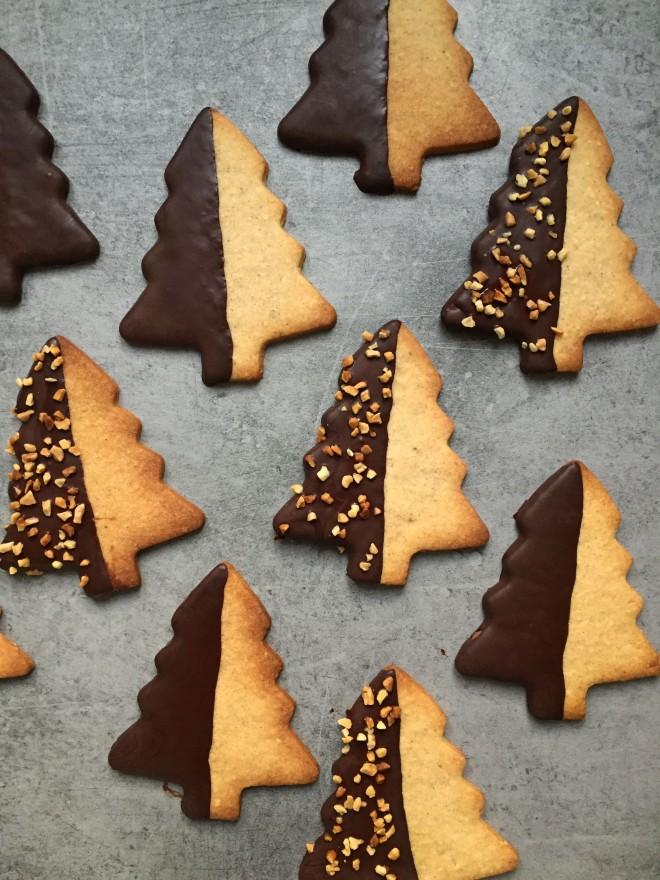 sables_noel_epices_et_chocolat